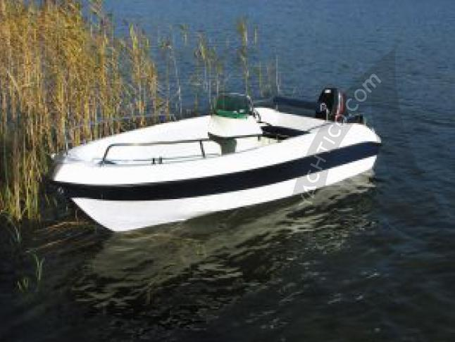 Motoryacht Sunboat 410 for rent in Marina am Tiefen See