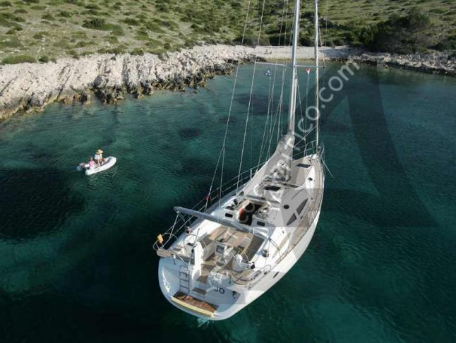 Elan 434 Impression Segelyacht Charter Furnari