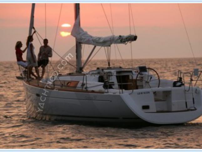 Oceanis 37 Segelyacht Charter Pula