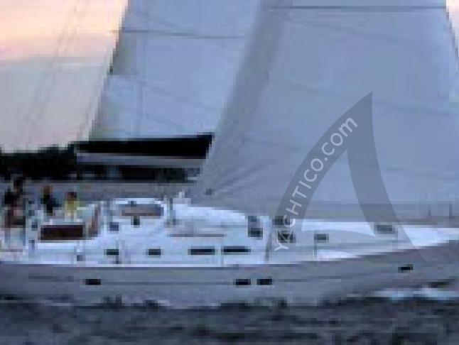 Oceanis Clipper 423 Segelyacht Charter Procida