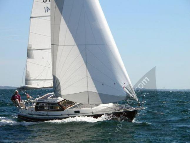 Sirius 32 DS Segelyacht Charter Fehmarn