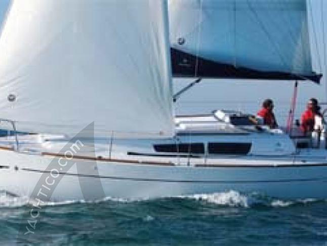 Sun Odyssey 33i Segelyacht Charter Castiglione della Pescaia