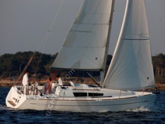 Segelboot Sun Odyssey 33i chartern in Castiglione della Pescaia