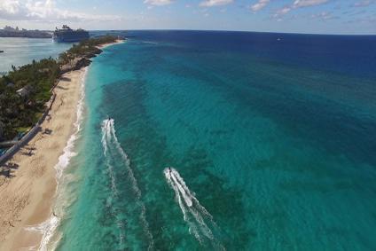 Bahamas Yacht Vacations - Jetski in Nassau - The Bahamas | YACHTICO.com